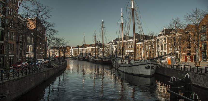canal in Groningen