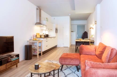 cozy and colorful studio apartment in nieuwegein