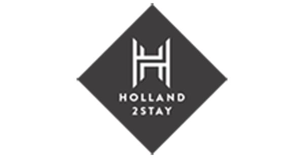 Holland2Stay receiving check from Huurteam Utrecht