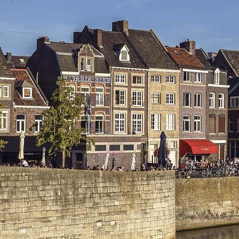 historical dutch buildings