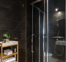 bathroom Green Tower
