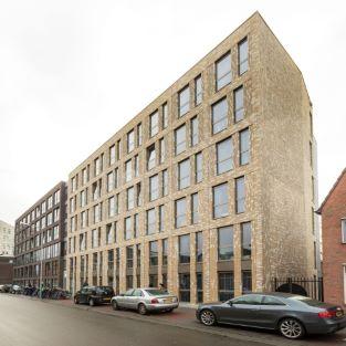 exterior building Oostersingel in Groningen