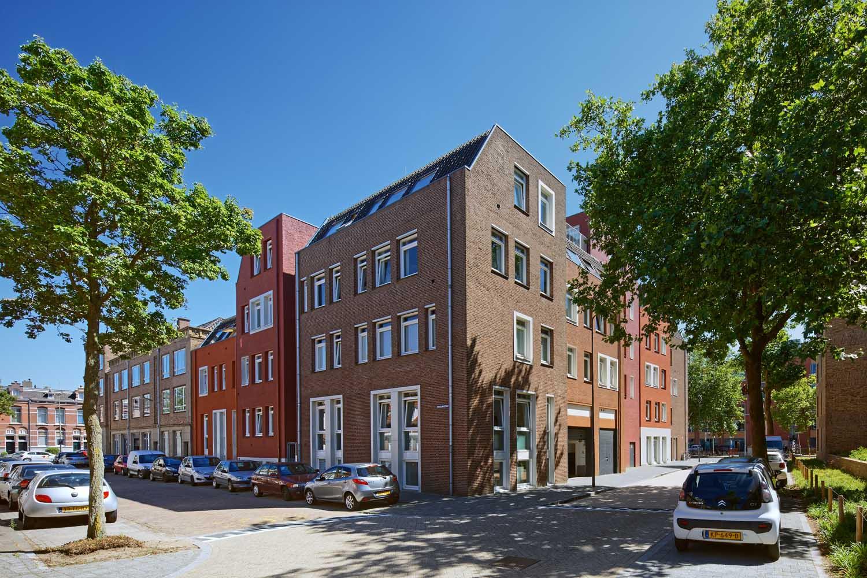 exterior building Stationspoort in Den Bosch