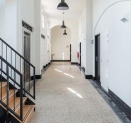 bright hallway vleuterhuys
