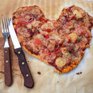 hart shaped pepperoni pizza