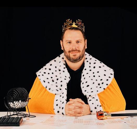 bingo king Tom